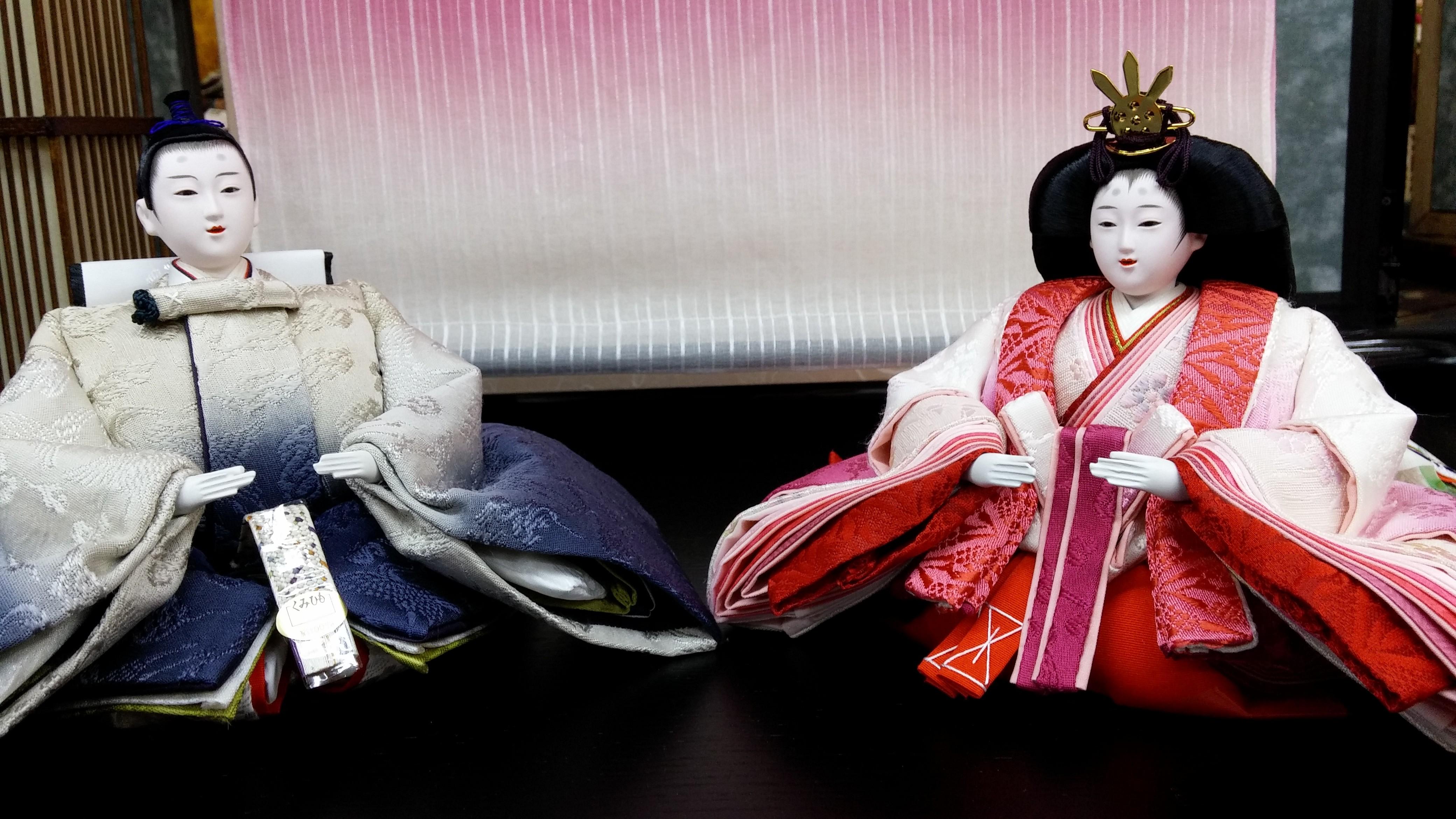 工藤華織 さん 染色家の工藤さんは草木染めの着物や屏風に特徴があります。